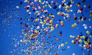 Воздушные шары в Петербурге[150]
