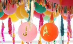 Оригинальные способы поздравления с воздушными шарами[150]